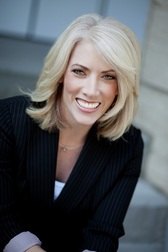 Kristin Thompson Professional 5 Steps to Book More Speaking Gig: Be Seen More Often, By More People, and Make More Money!
